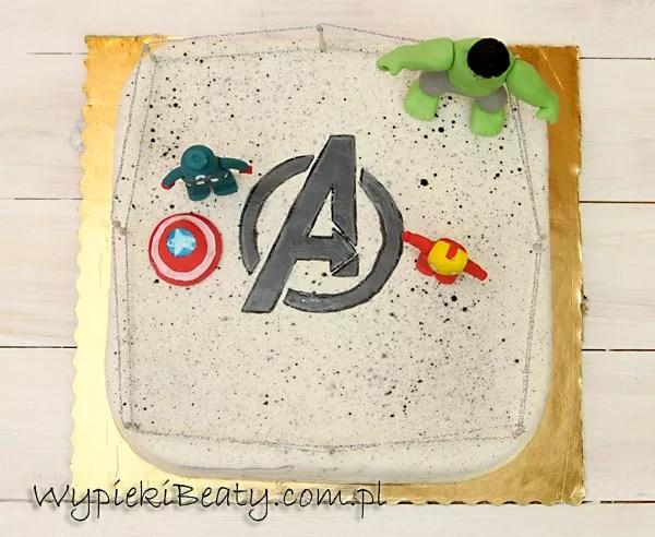 tort z lego avengers