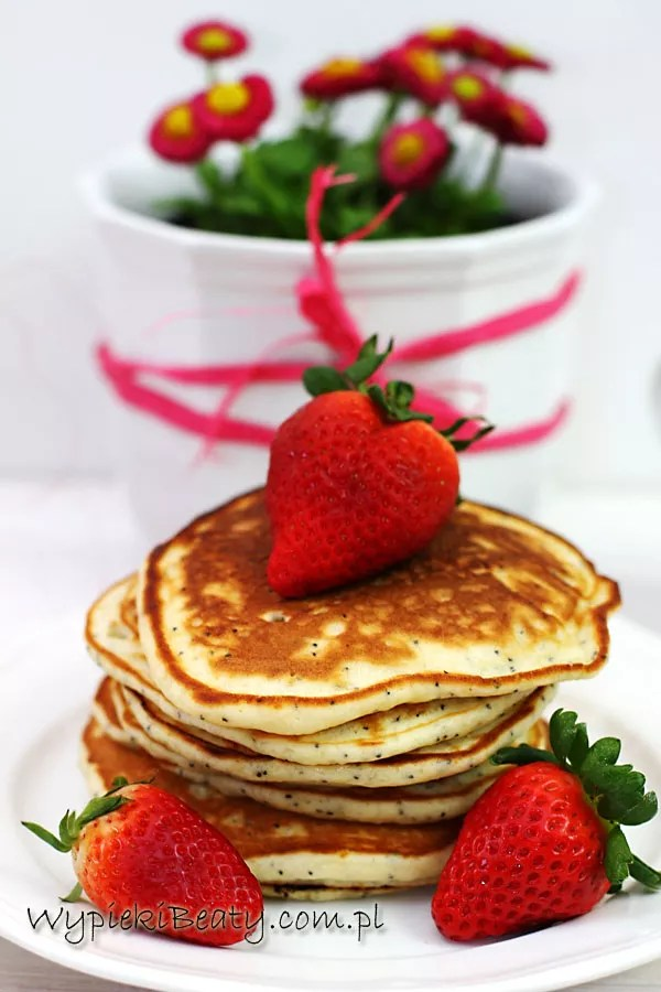 pancakes cytrynowo-truskawkowe3