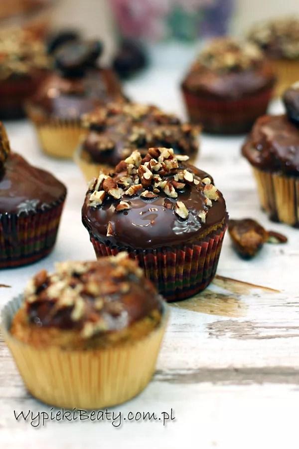 muffinki daktylowe z pekanami2