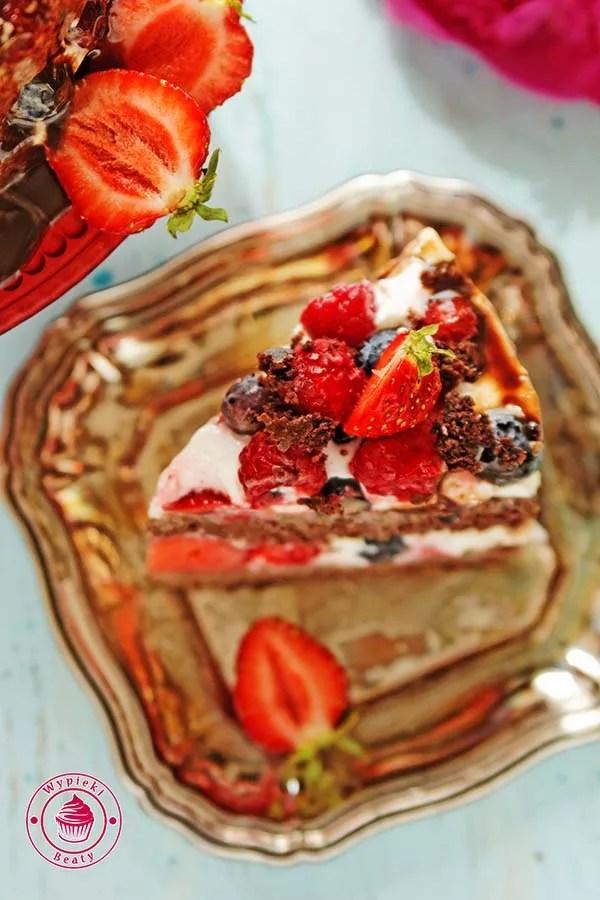 dietetyczne ciasto czekoladowe z owocami 5