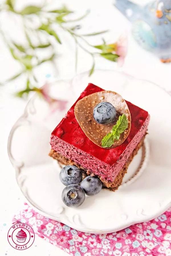 brownie z jagodowym musem 7