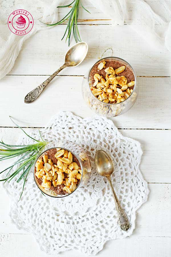 snickers chia pudding