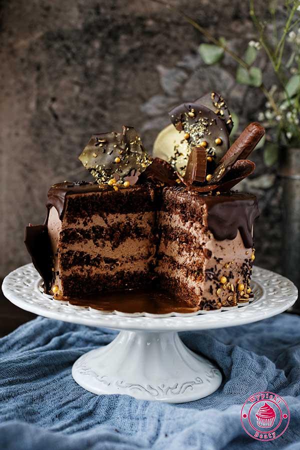 tort czekoladowo-orzechowy
