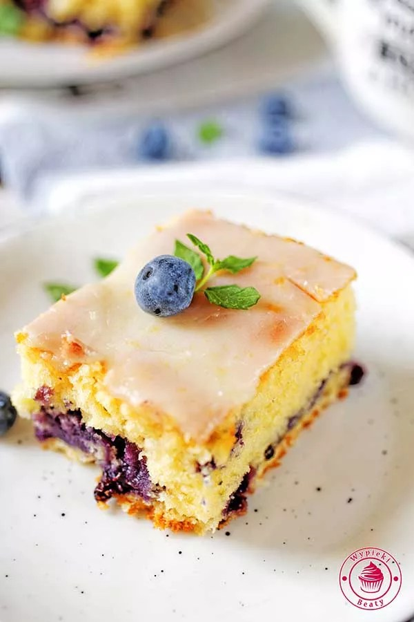 ciasto cytrynowe z borówkami