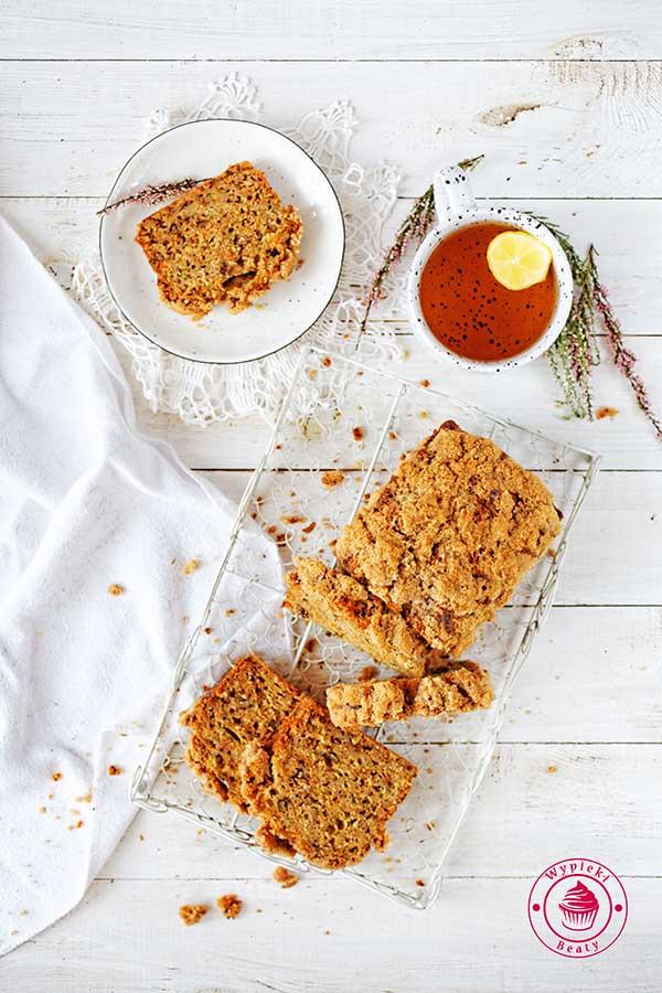 zdrowe ciasto z marchewką i cukinią
