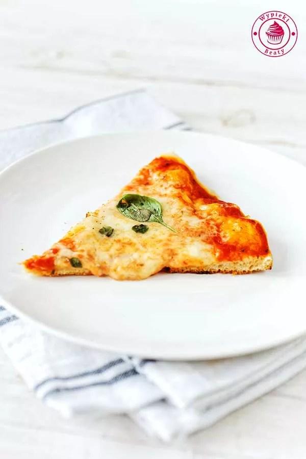 domowa pizza margherita