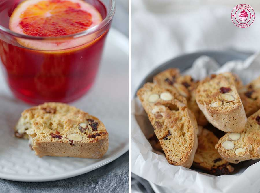biscotti with almonds and cranberries