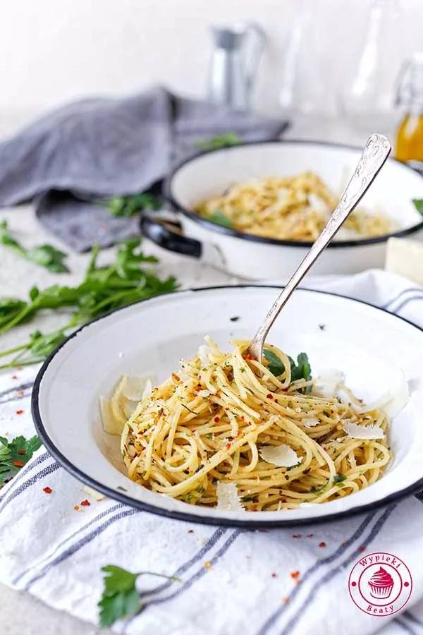 makaron aglio e olio
