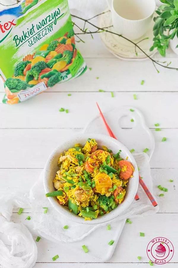 ryż smażony z warzywami