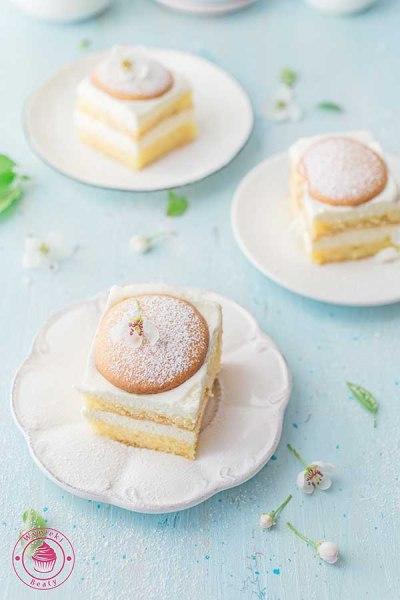 biszkoptowe ciasto przekładane kremem cytrynowym