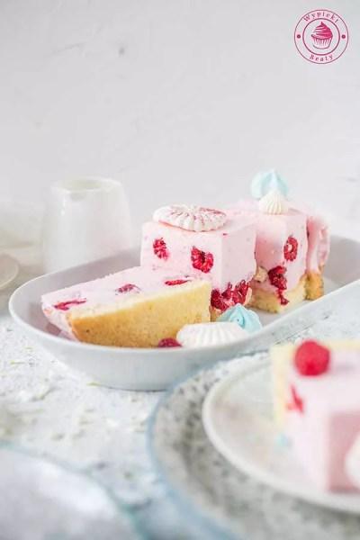 ciasto z malinowym musem