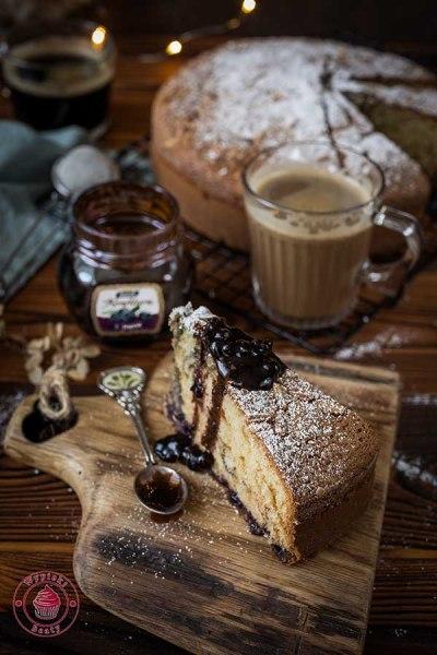 ciasto z palonym masłem i konfiturą