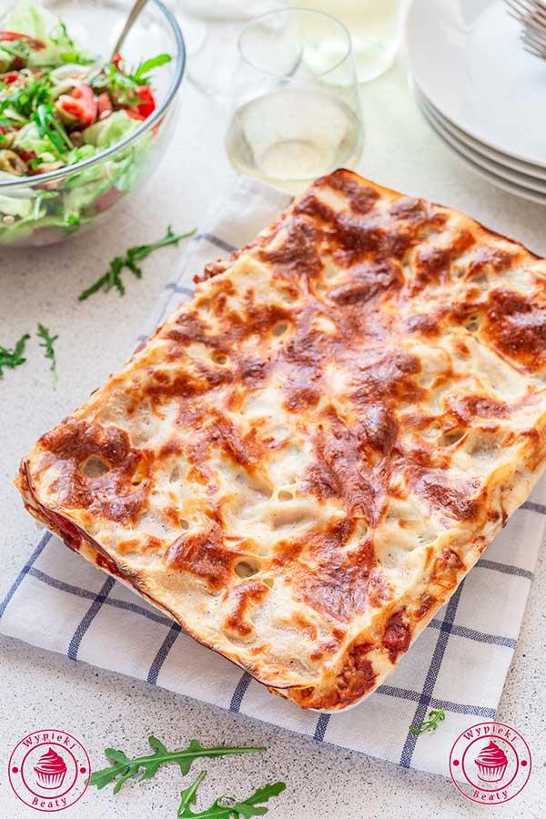 włoska lazania z mięsem mielonym