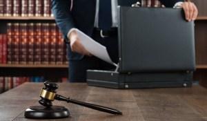 Pozew czy odwołanie od wypowiedzenia umowy o pracę do sądu pracy