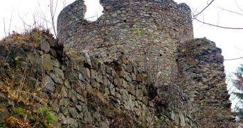 Zamek górski Cisy