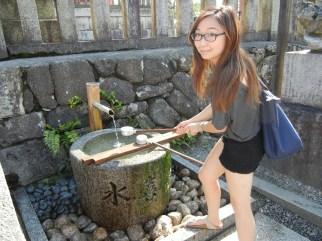 Washing my hands at the entrance of Kiyomizudera