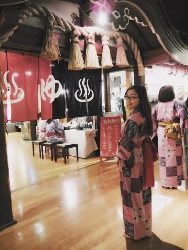 Got to wear yukatas :3
