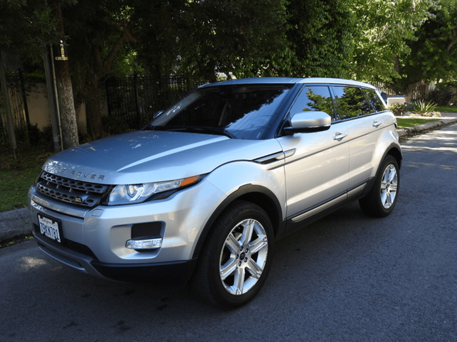 2013 Land Rover Range Rover Evoque Pure Plus e Owner Factory