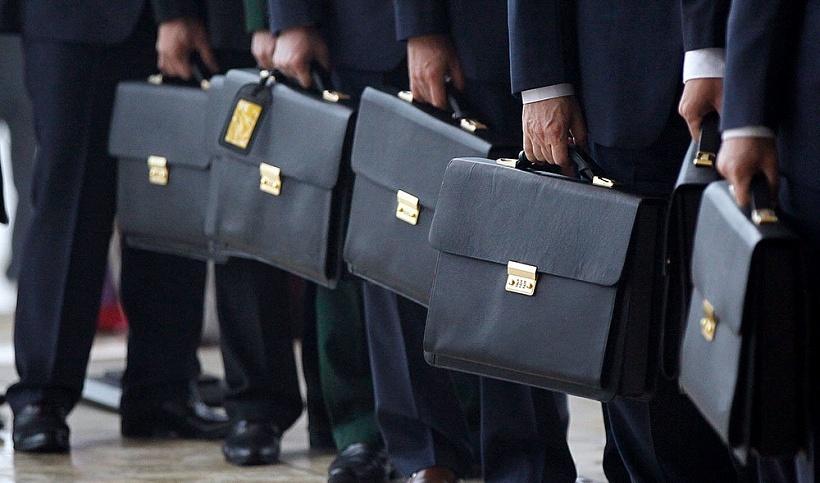 Корупція та підозра у розтраті: харківські правоохоронці викрили порушників