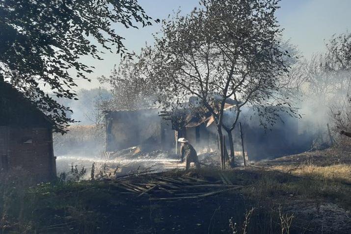 Пожежу під Харковом гасили майже добу