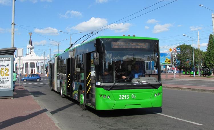 Харків'яни зможуть відстежувати рух міського транспорту через телефон