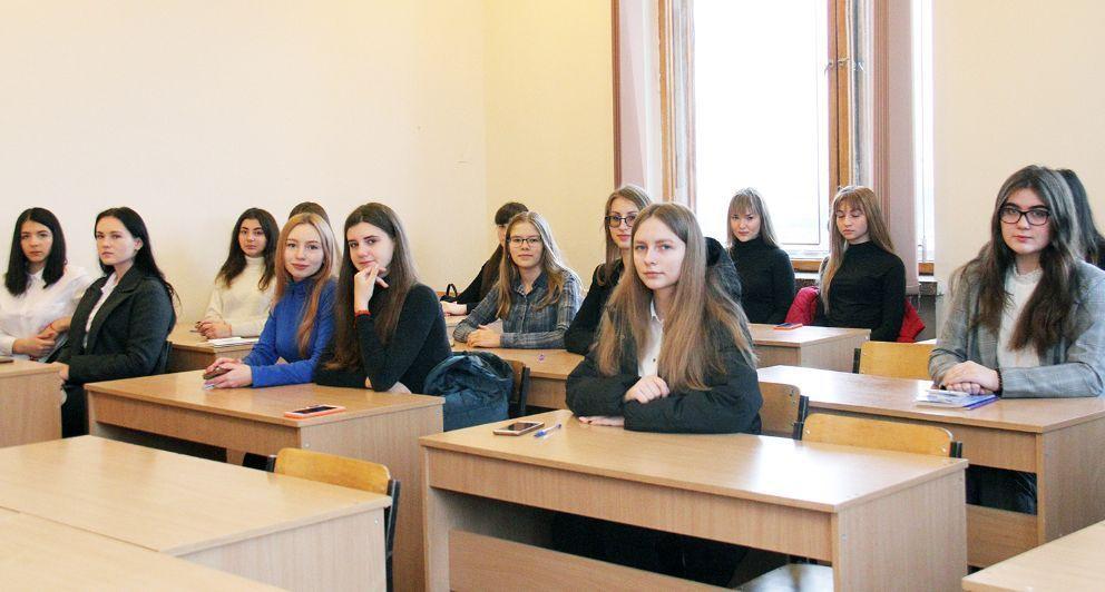 Серед школярів обирали кращих знавців теорії місцевого самоврядування