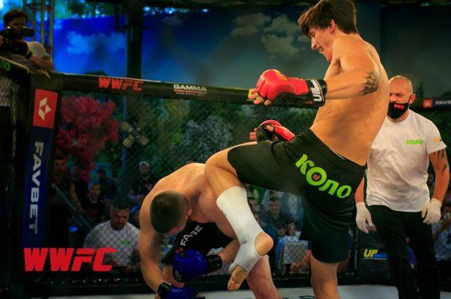 У Харкові пройшов перший етап змагань зі змішаних бойових мистецтв