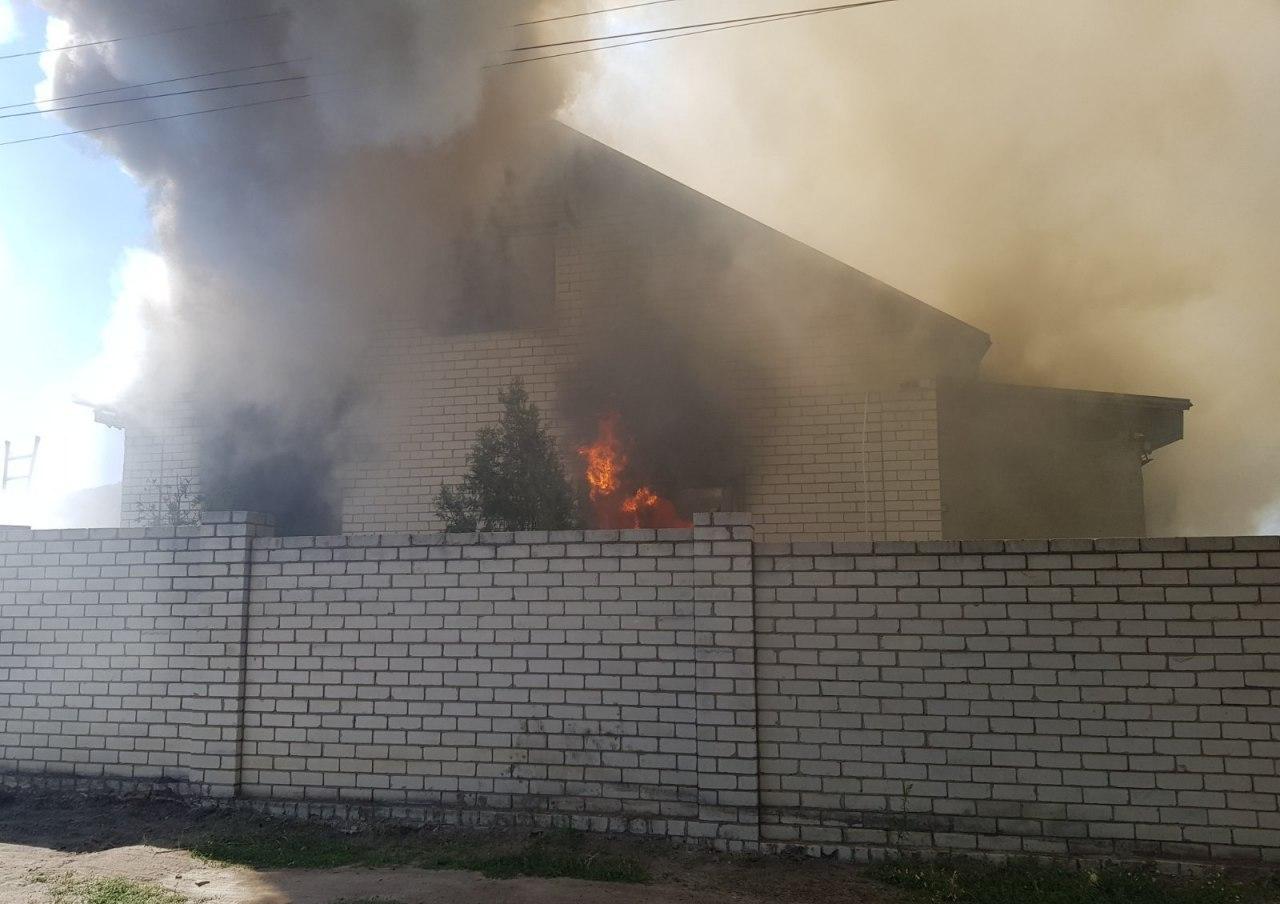 На Харківщині згорів двоповерховий житловий будинок