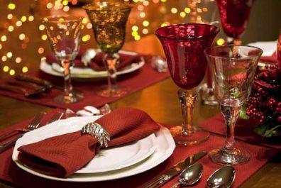 ukrasheniye-novogodnego-stola-3