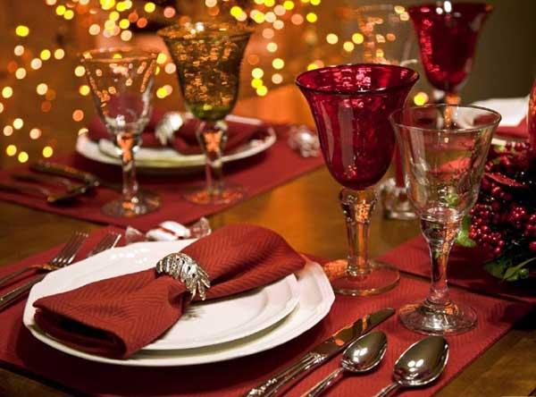 Експерти підрахували, у скільки українцям обійдеться новорічний стіл