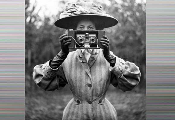 Харків'ян запрошують на лекцію «Внесок жінок в історію фотографії»