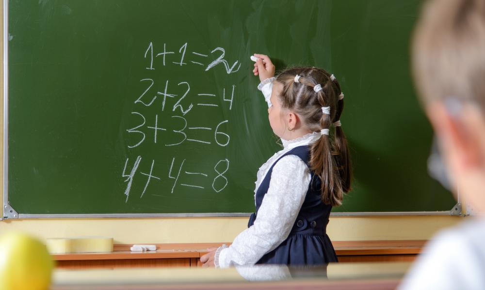 В Україні популяризуватимуть природничі науки та математику