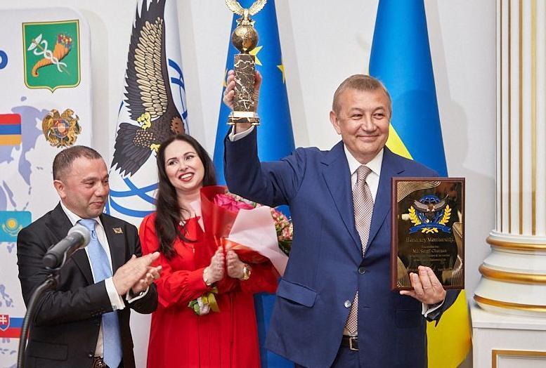 Сергія Чернова обрано Почесним президентом Харківського дипломатичного клубу