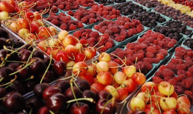 Ціни на літні ягоди б'ють всі рекорди