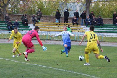 _Futbol_Agrobiznes__zupiniv_peremozhnu_hodu_Metalista____1_2021_10_18_05_38_09