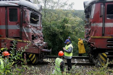 Μετωπική σύγκρουση τρένων στα βουλγαρο-σερβικά σύνορα