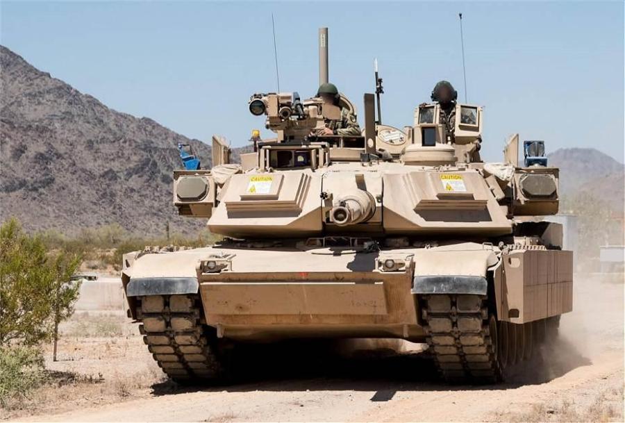 """安裝""""戰利品""""主動防御系統的M1A2坦克"""