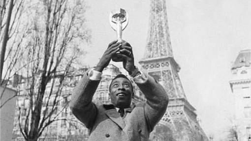 PSG - Mercato : Le roi Pelé félicite Neymar pour sa venue à Paris