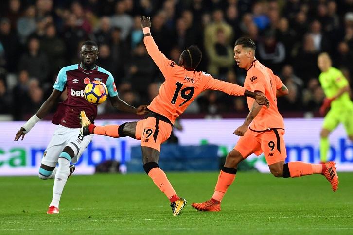 Accueil houleux pour Patrice Evra à Anfield — West Ham