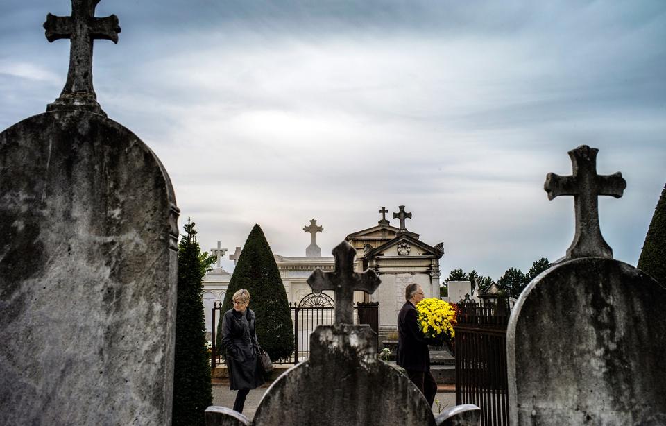 L'enterrement dégénère en bagarre — Lyon