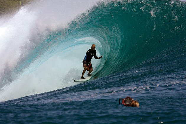 Photo: Rodrigo from Aloha Shop Gets Shacked