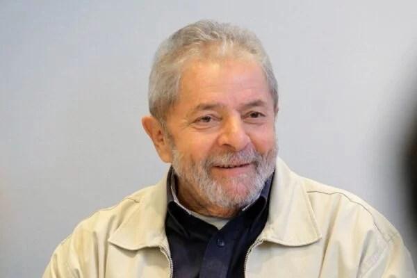 Por que você, Lula, são muitos!