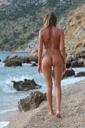 X-Art Clover The Naturist 7