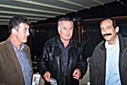 2010/10/27: Ο δήμαρχος Αστακού Π. Στάικος με τους Β. Χατζηλάμπρου και Κ. Κούστα.