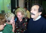 2010/11/04: Η υποψήφια περιφερειακή σύμβουλος Φ. Ζαφειροπούλου με τον Β. Χατζηλάμπρου.