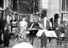 Musiker und Xaver Paul in der Klosterkirche in Haslach