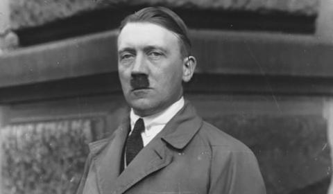 Las teorías de que Hitler no se suicidó: huyó a Barcelona y murió en Argentina a los 73 años