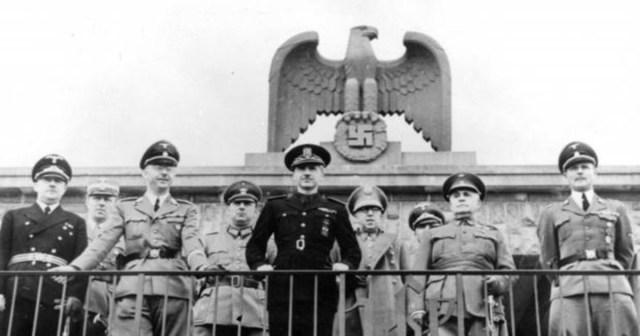 Ramón Serrano Suñer con Himmler duante su visita a Berlín.