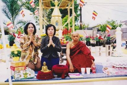 tuyethong-stupabackyard2 (4)