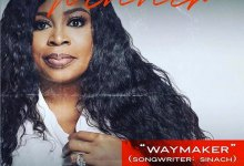 """Photo of Sinach Bags A Dove Award With """"Way Maker"""""""